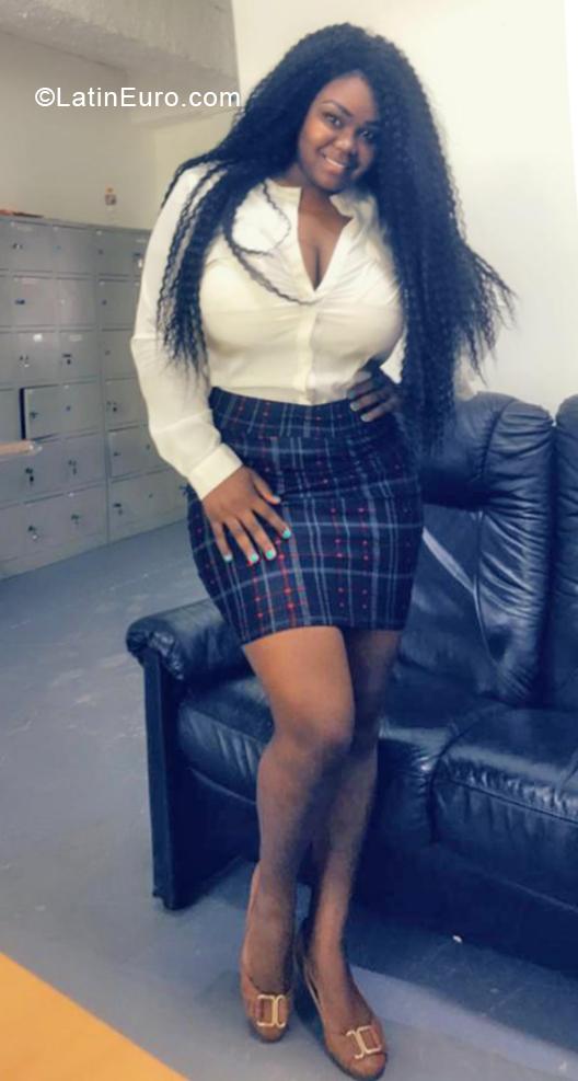 Webcam chat Yesenia, female, 37, Dominican Republic girl